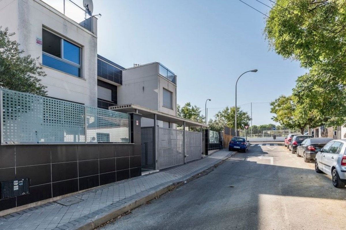Terraced House  For Sale in Hortaleza, Madrid