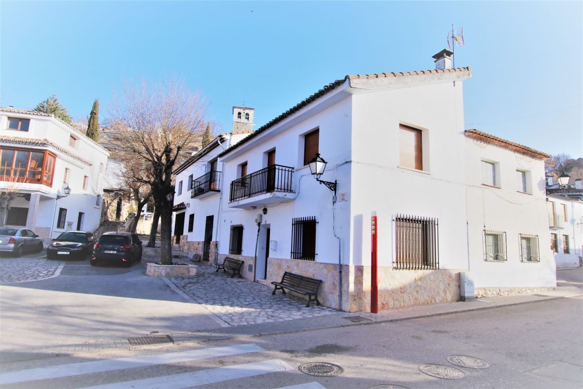 Terraced House  For Sale in  Olmeda de las Fuentes