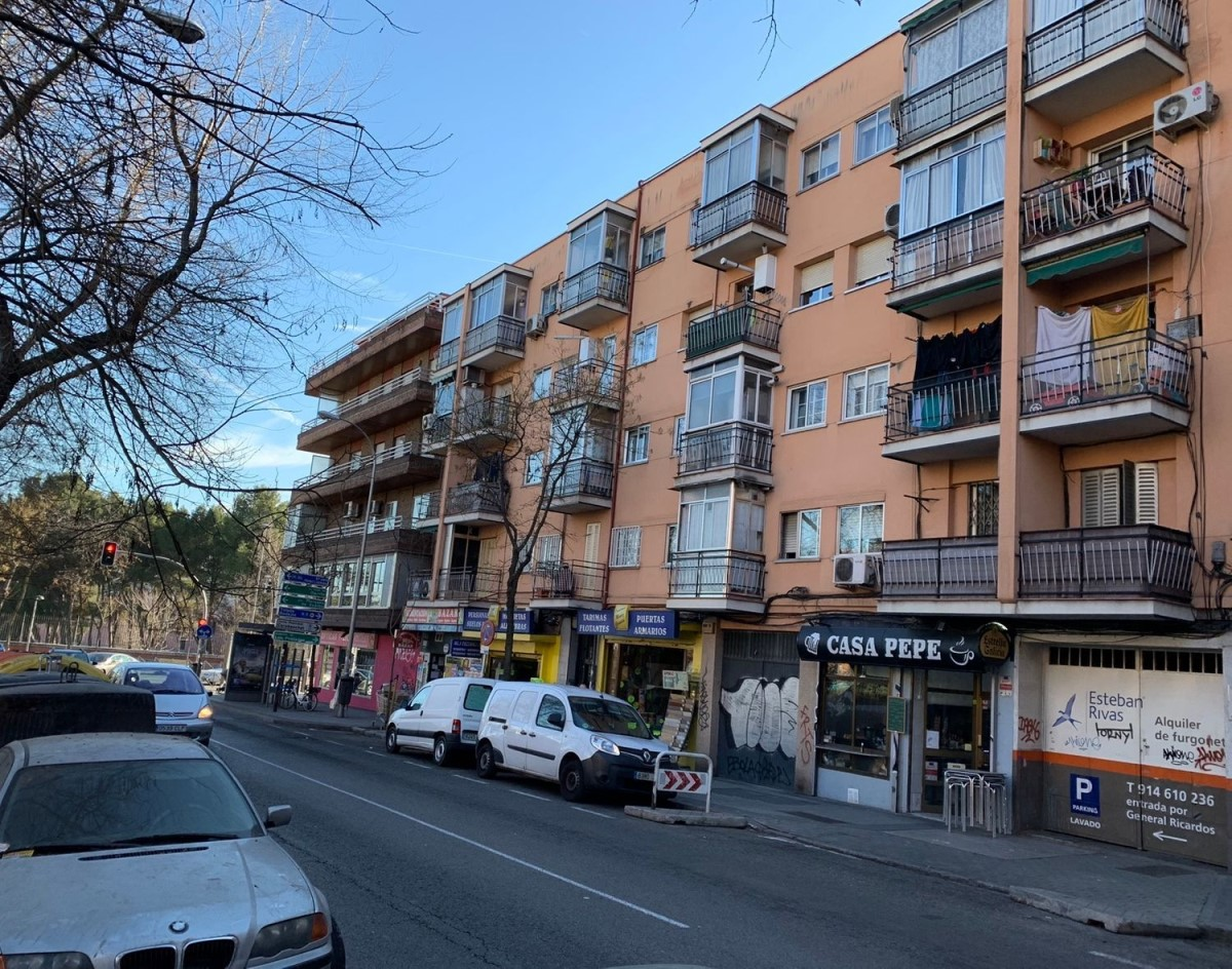 Retail premises  For Rent in Carabanchel, Madrid
