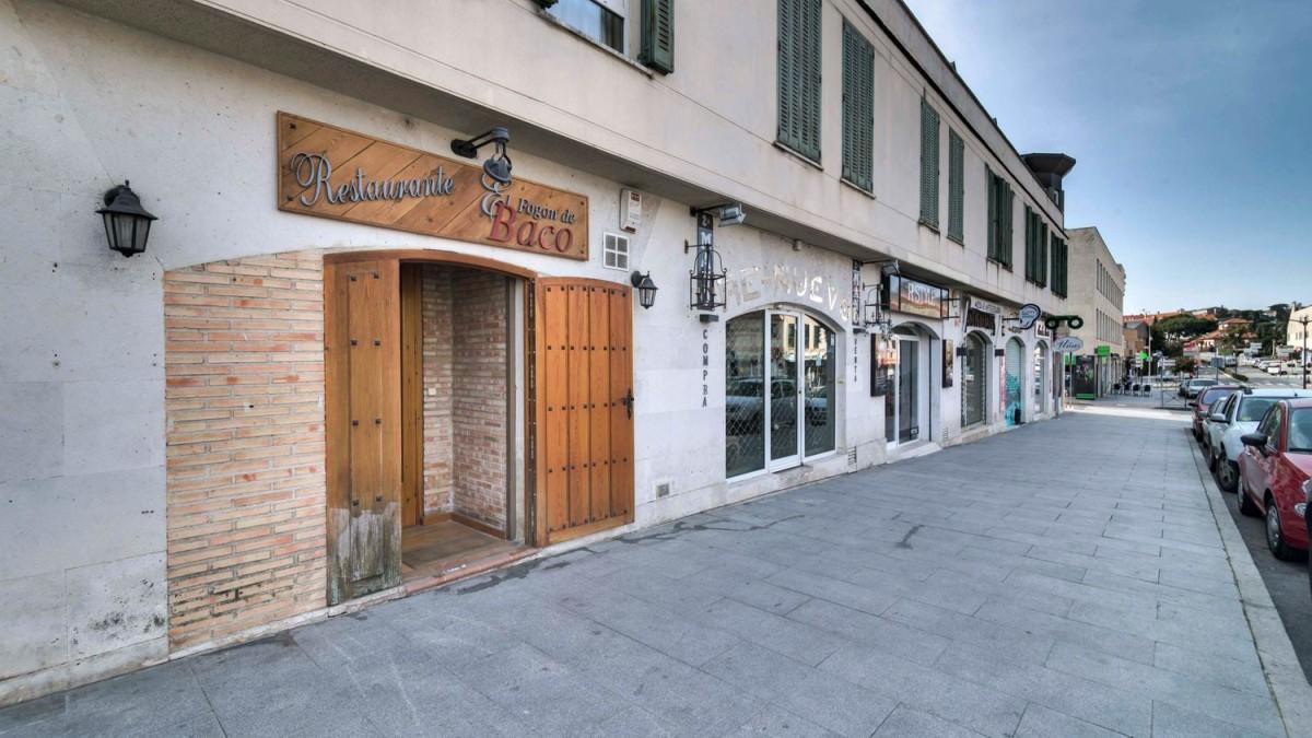Local Comercial en Venta en  Torrelodones