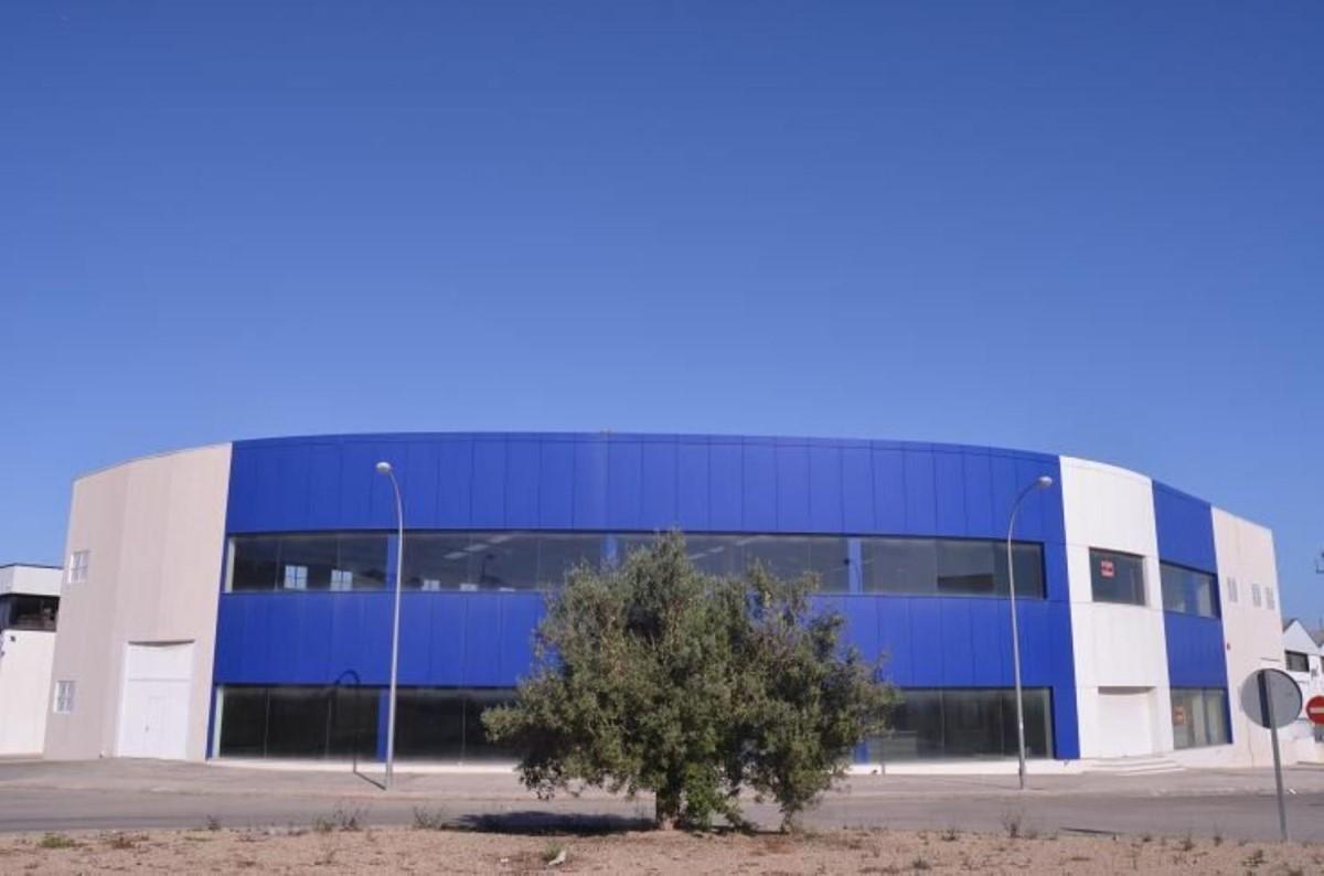 Industrial premises  For Sale in  Finestrat