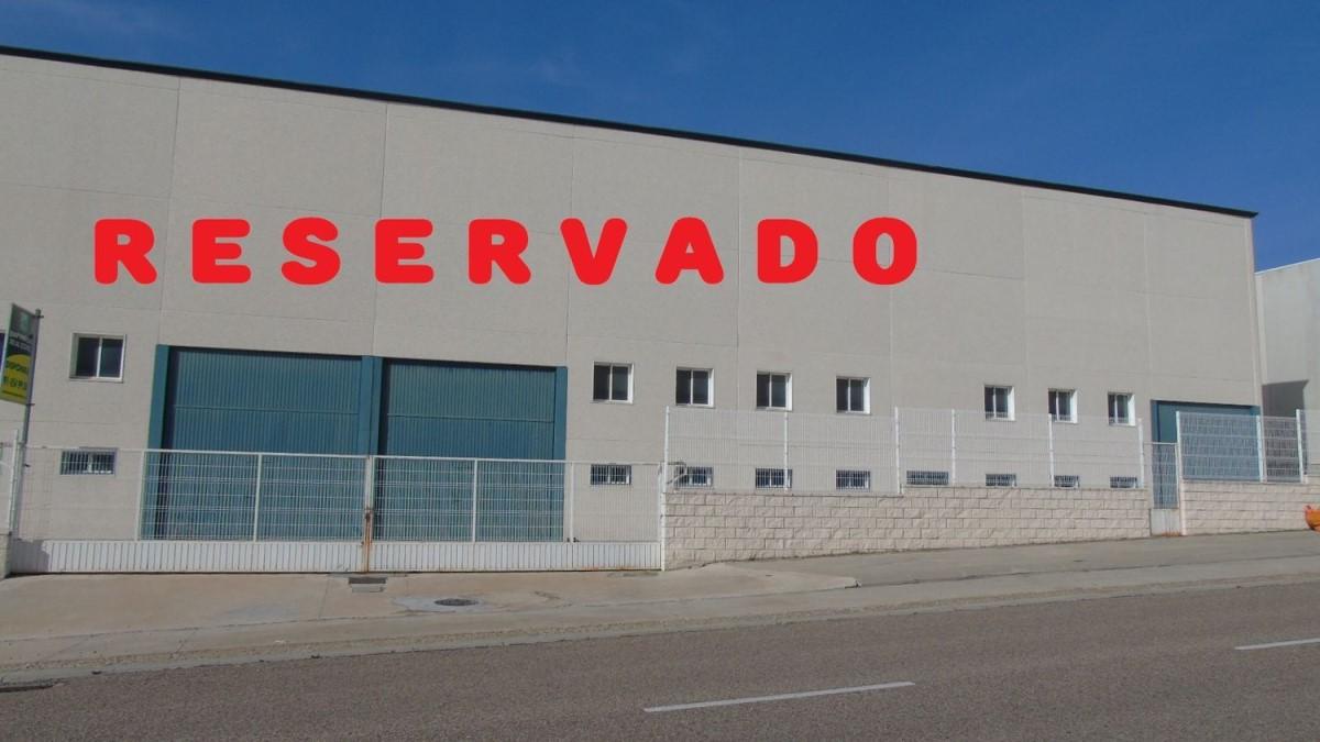 Industrial premises  For Rent in  Casarrubios del Monte