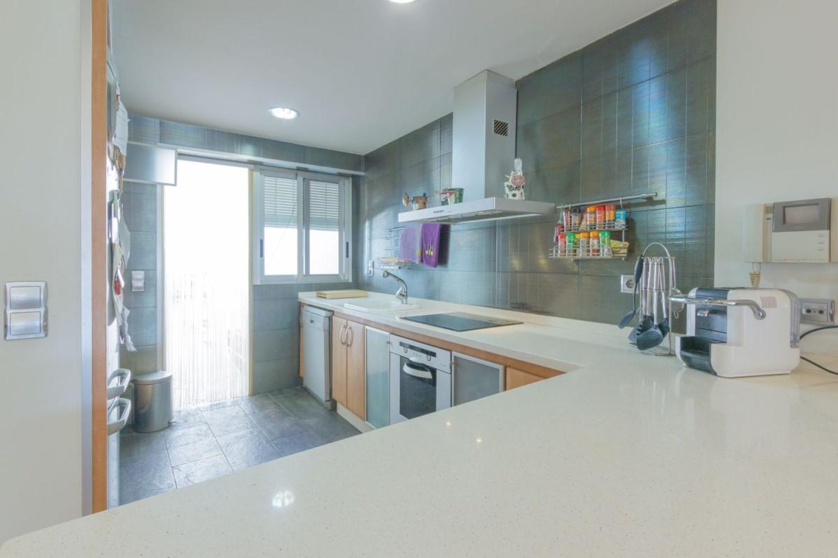 Apartment  For Sale in  Benifaio