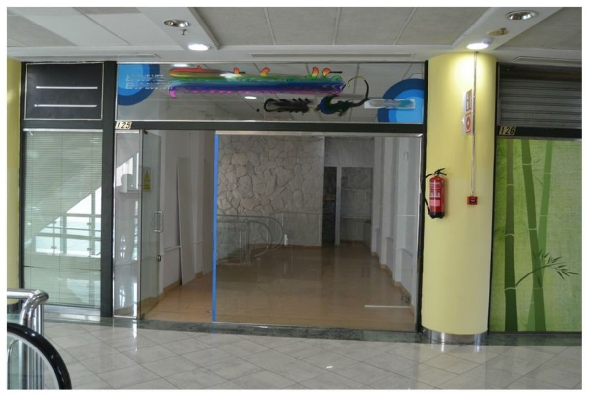Retail premises  For Rent in  Candelaria