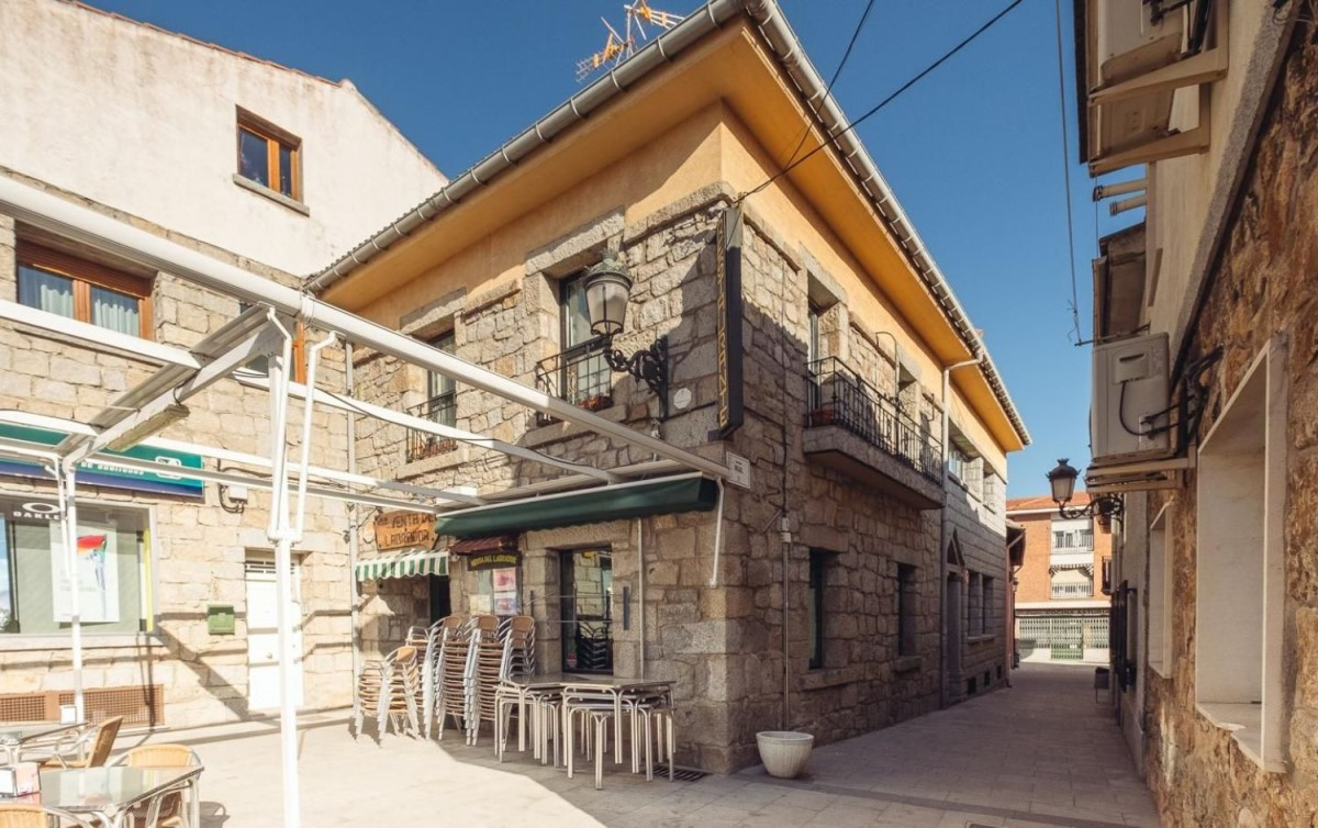 Local Comercial en Venta en  Alpedrete