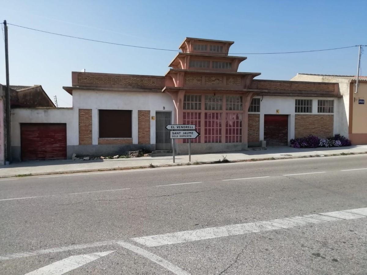 Chalet Adosado en Venta en  Llorenç del Penedès