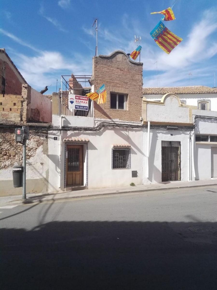 Chalet Adosado en Venta en  Castellar-Oliveral