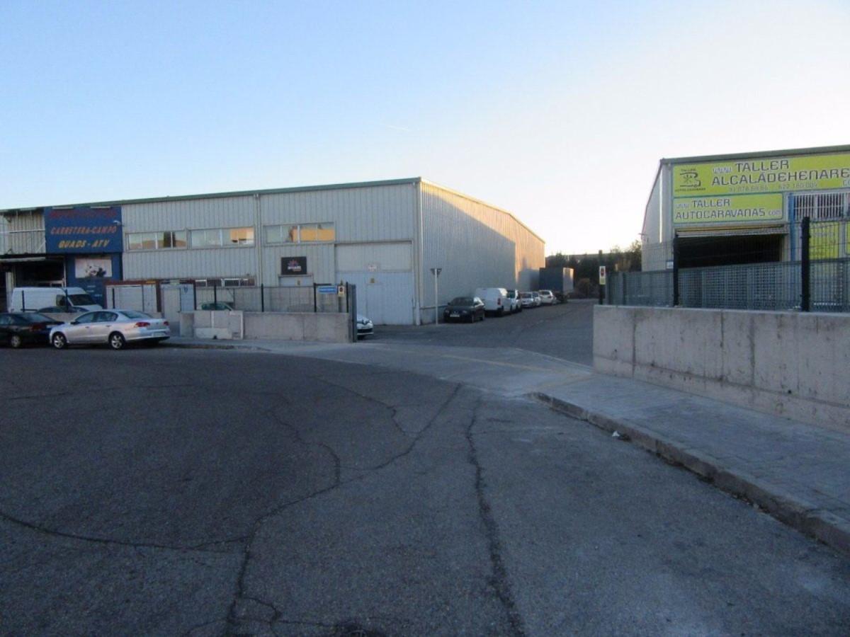 Nave Industrial en Venta en  Alcalá de Henares