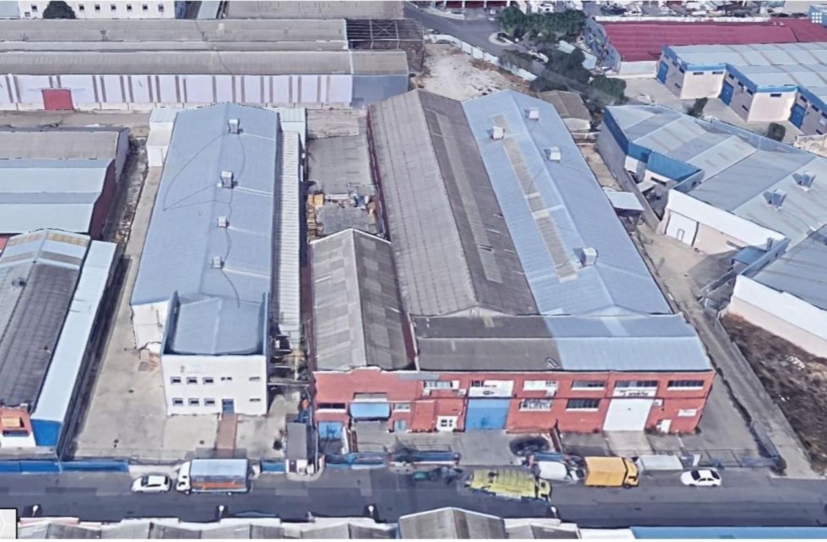 Nave Industrial en Venta en  Arganda