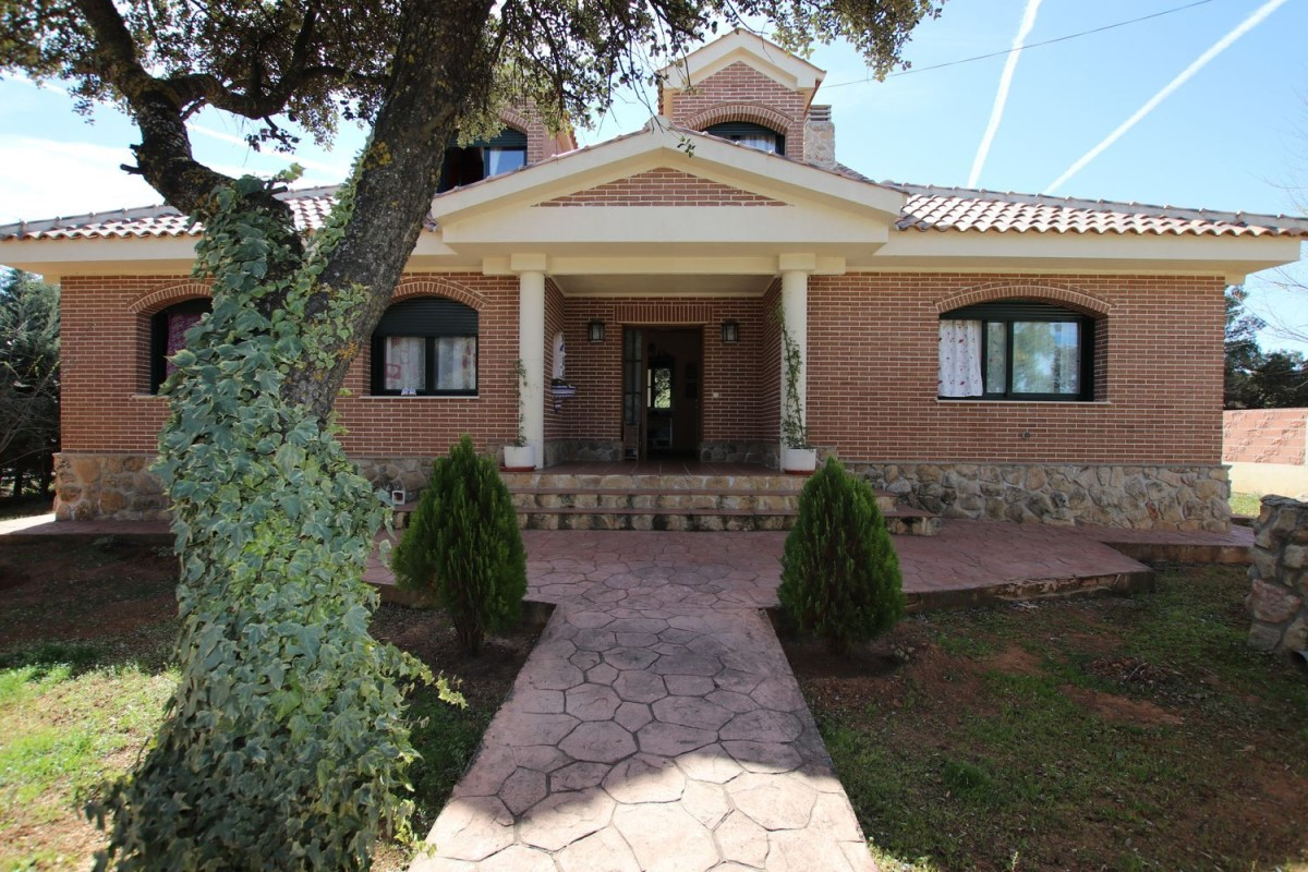 House  For Sale in  eurovillas