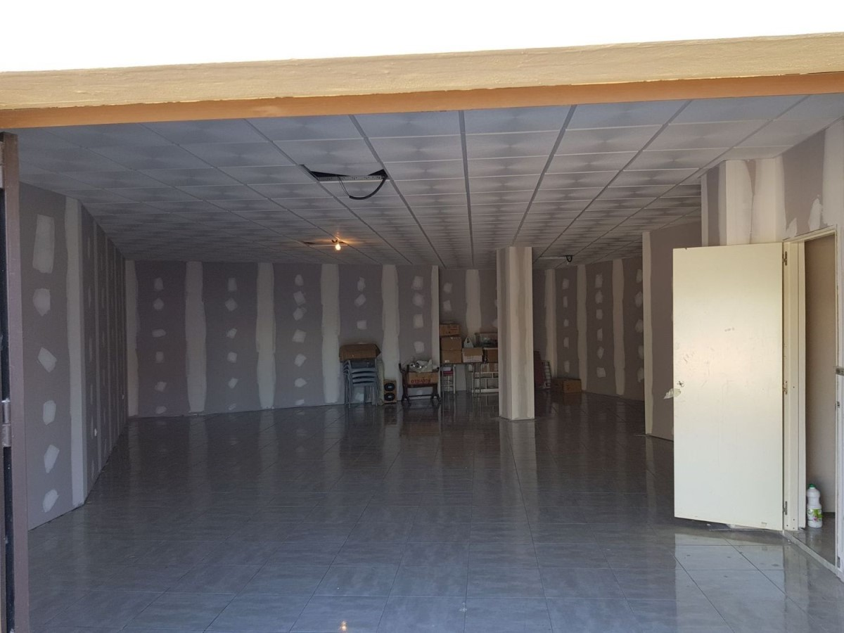Local Comercial en Venta en  Dos Hermanas
