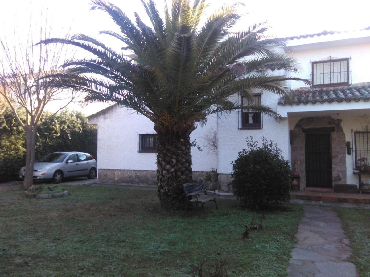 House  For Sale in  San Román de los Montes