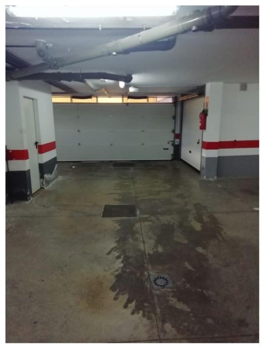 Garage  à vendre à  Sauzal