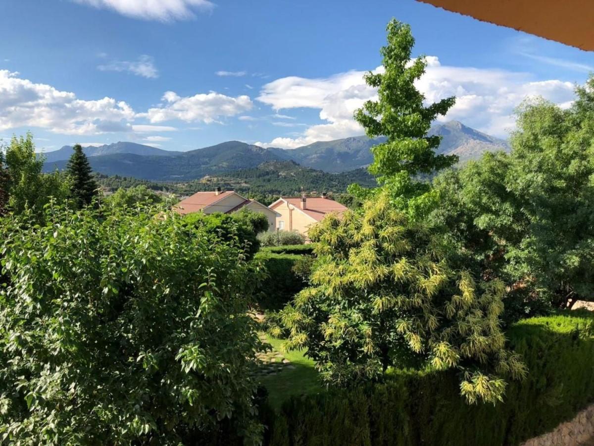 Chalet en Venta en  Becerril de la Sierra