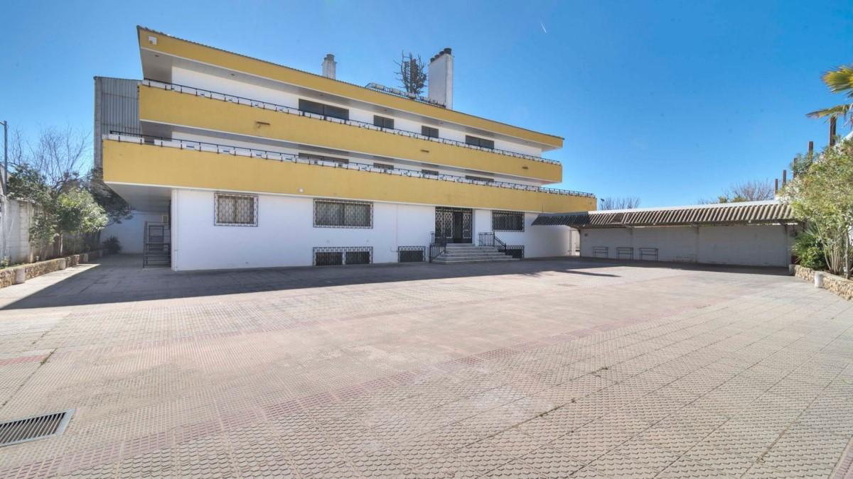 Edificio de Viviendas en Venta en  Santa Cruz de La Zarza