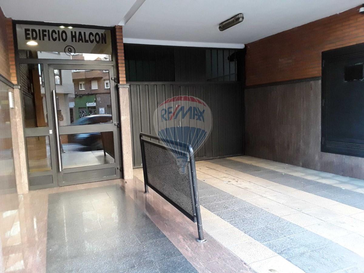 Garaje en Venta en El Llano, Gijón
