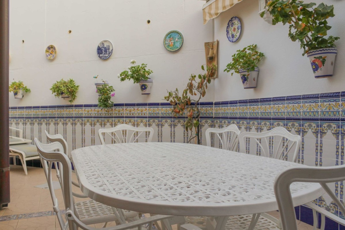 Terraced House  For Sale in  Requena