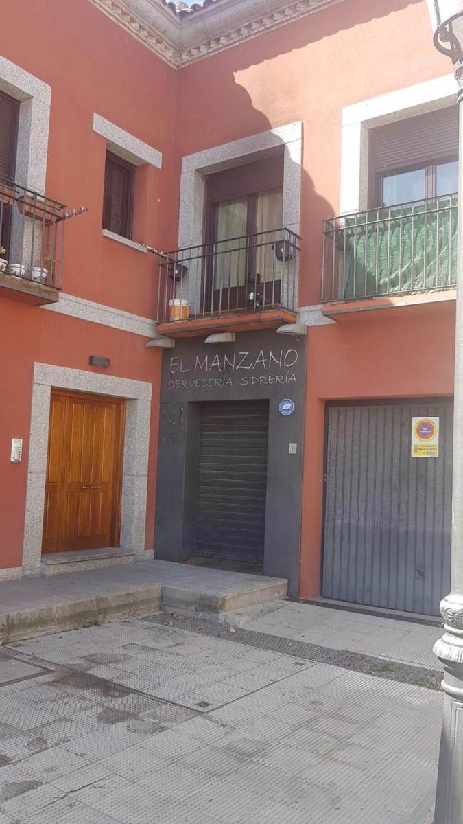 Local Comercial en Venta en  Robledo de Chavela