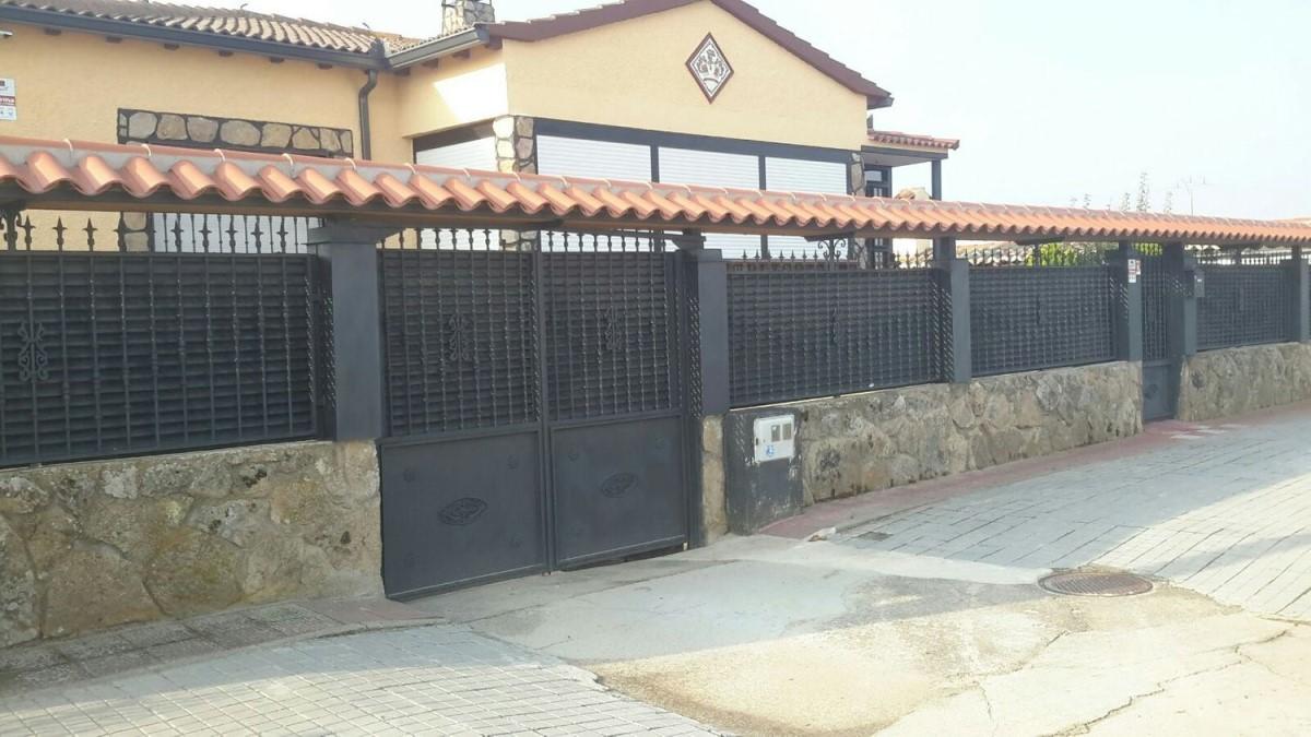 House  For Sale in  Nava de Arévalo
