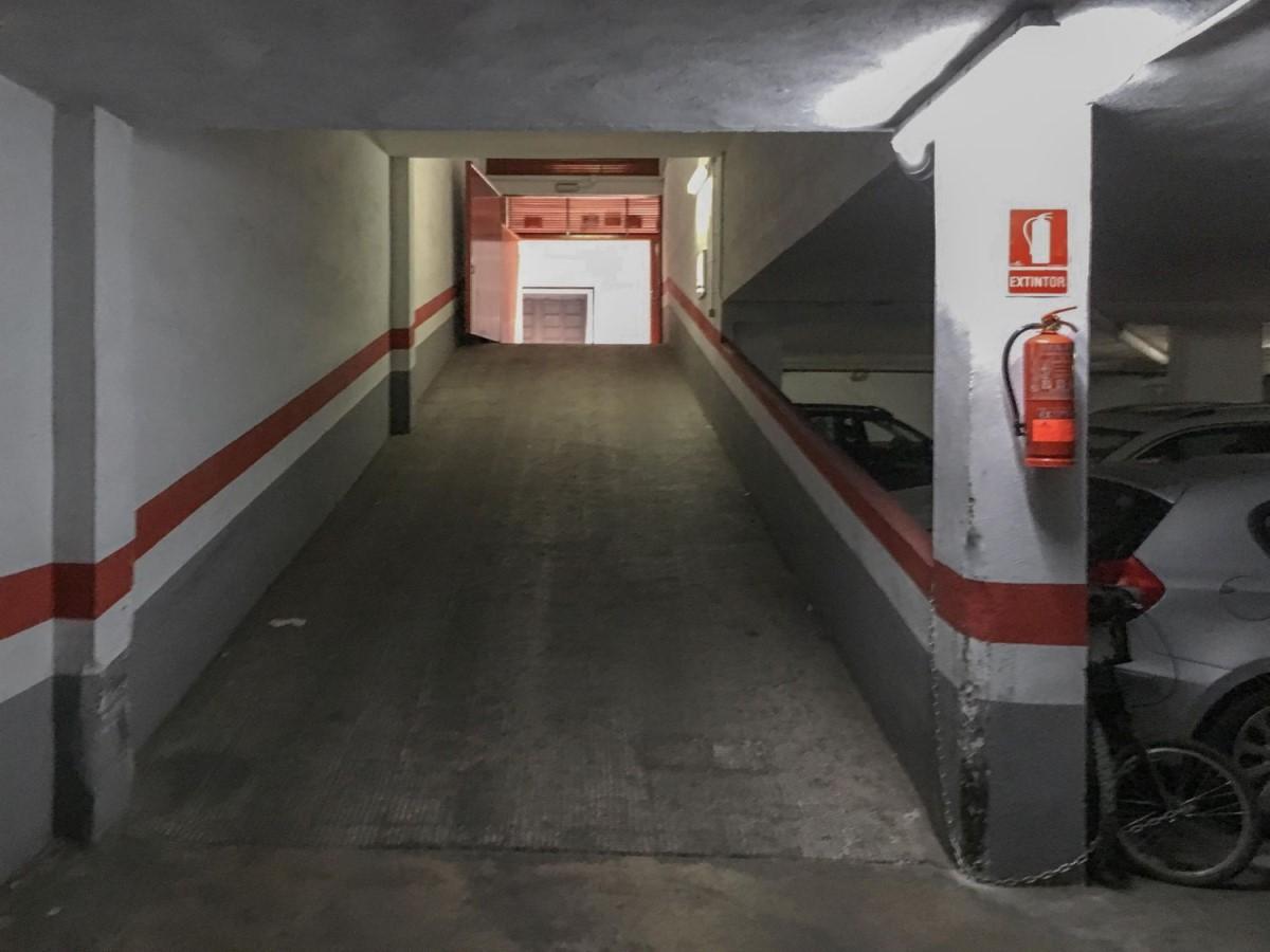 Garaje en Alquiler en Campanar, València
