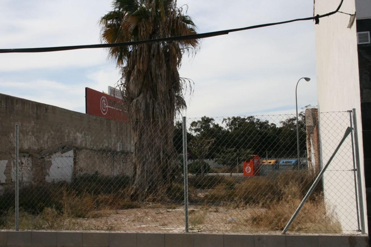 Suelo Urbano en Venta en Los Ángeles-Tómbola-San Nicolás, Alicante/Alacant