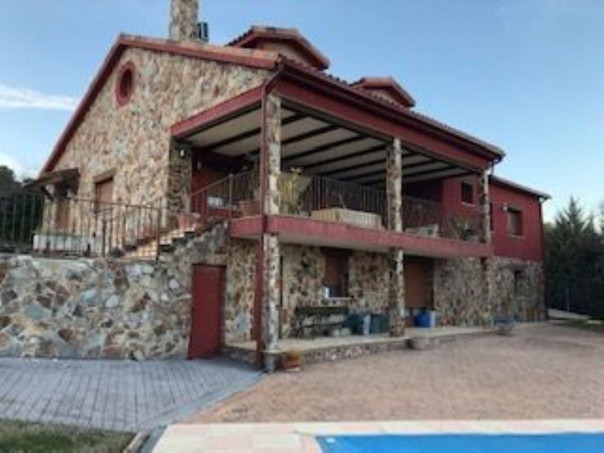 Casa Rural en Venta en  Orusco