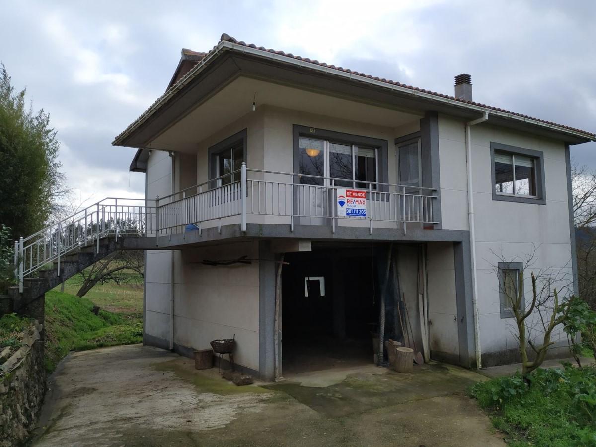 Casa Rural en Venta en  Carral