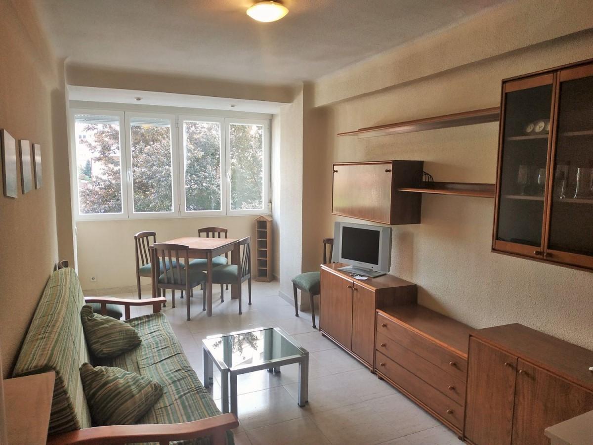 Appartement  à louer à Ciudad Lineal, Madrid