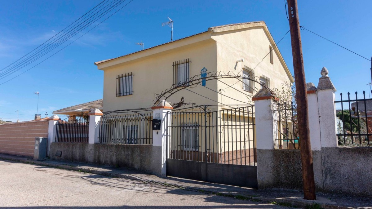 House  For Sale in  Viso de San Juan, El