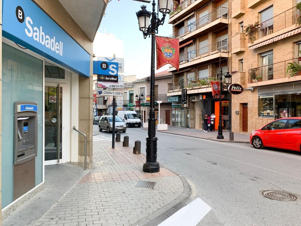 Local Comercial en Venta en  Archena