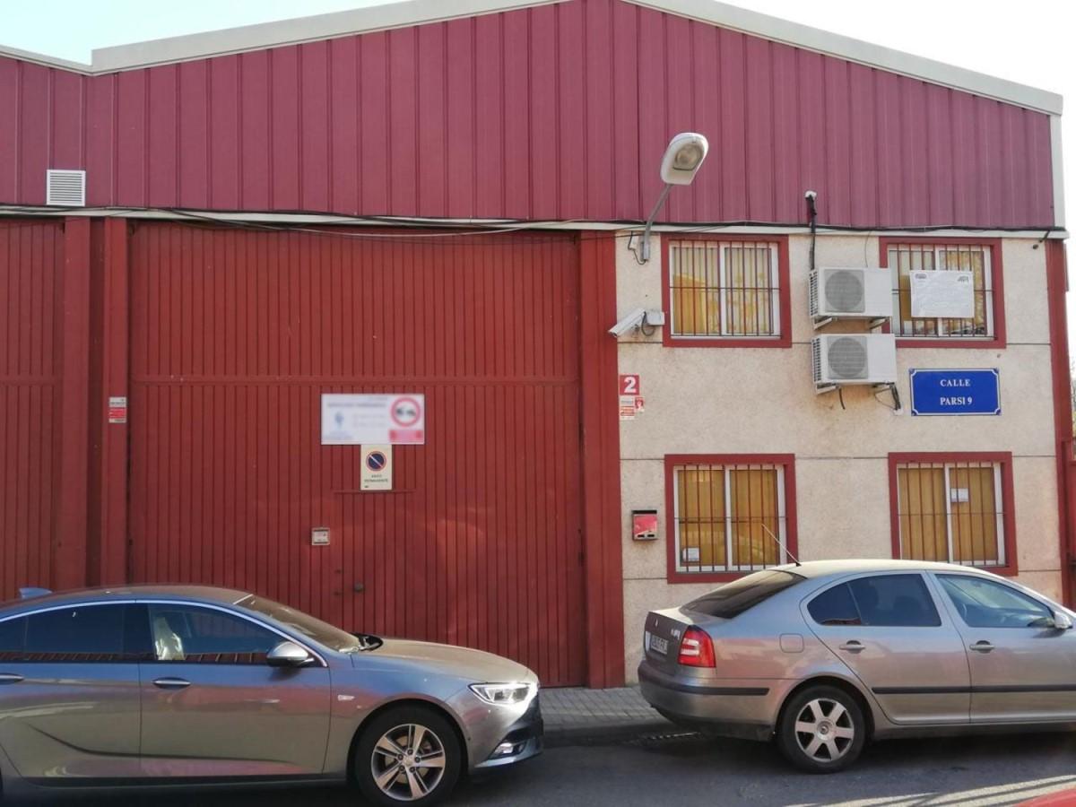 Nave Industrial en Venta en cerro amate, Sevilla