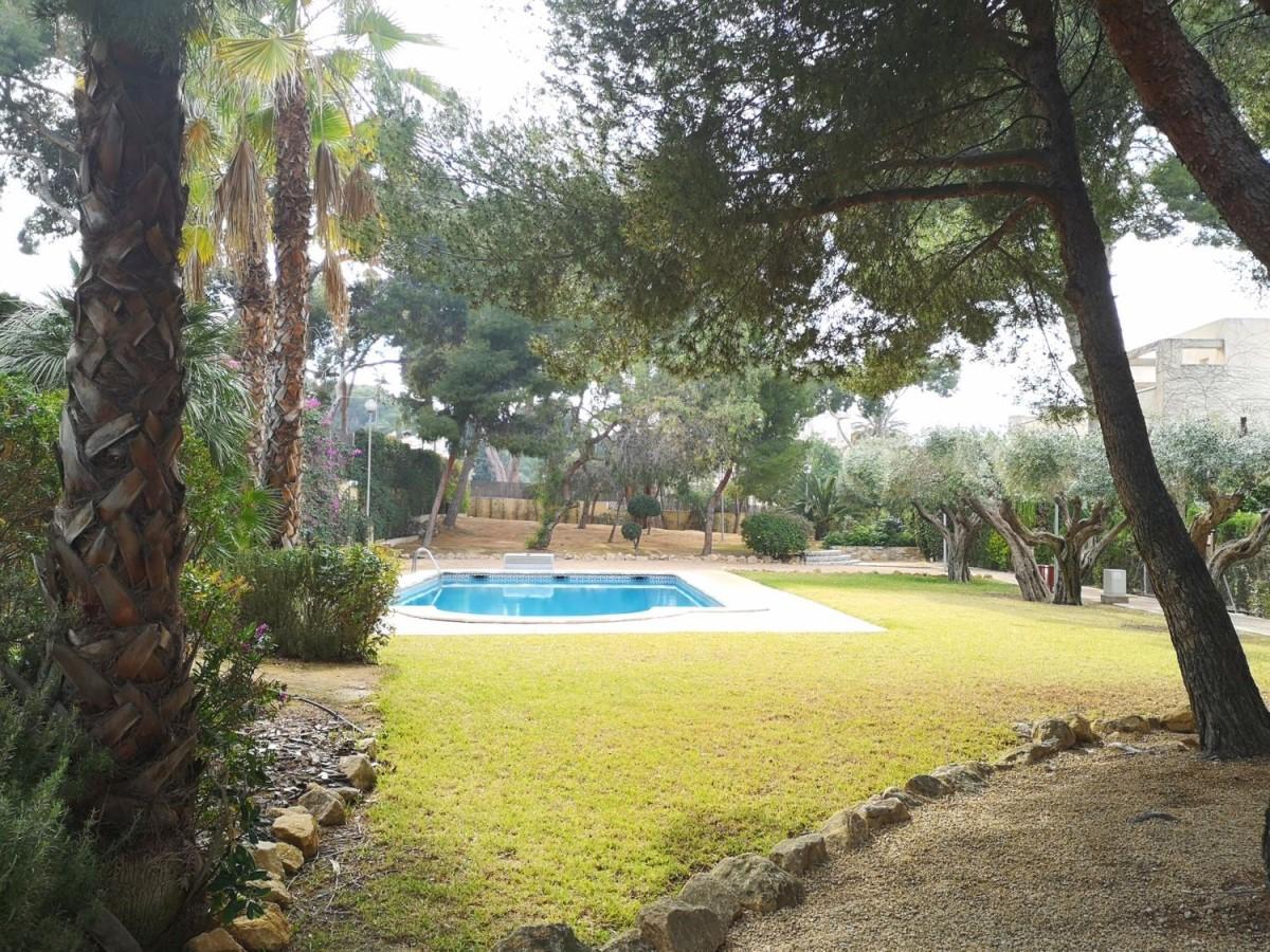 Chalet Adosado en Venta en Parque Avenidas-Vistahermosa, Alicante/Alacant