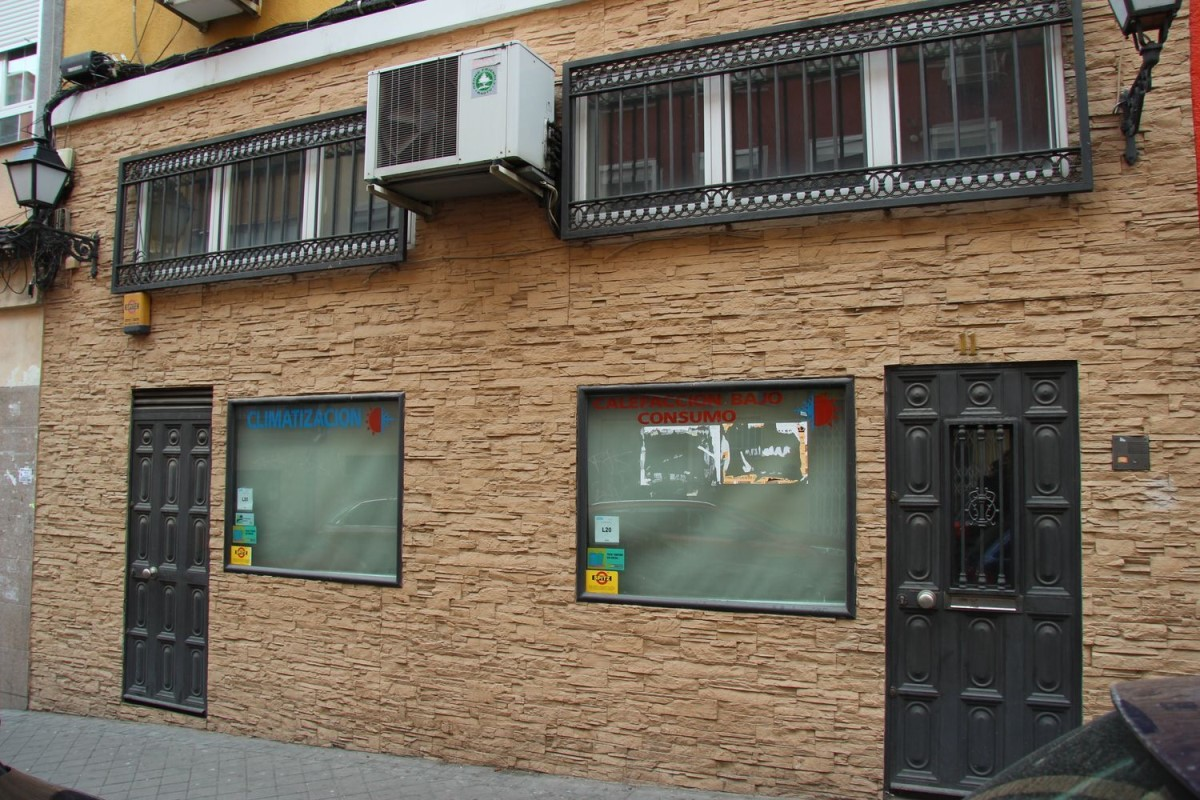 Local Comercial en Venta en Usera, Madrid