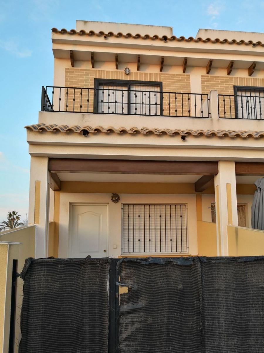 Chalet Adosado en Venta en  Torre-Pacheco