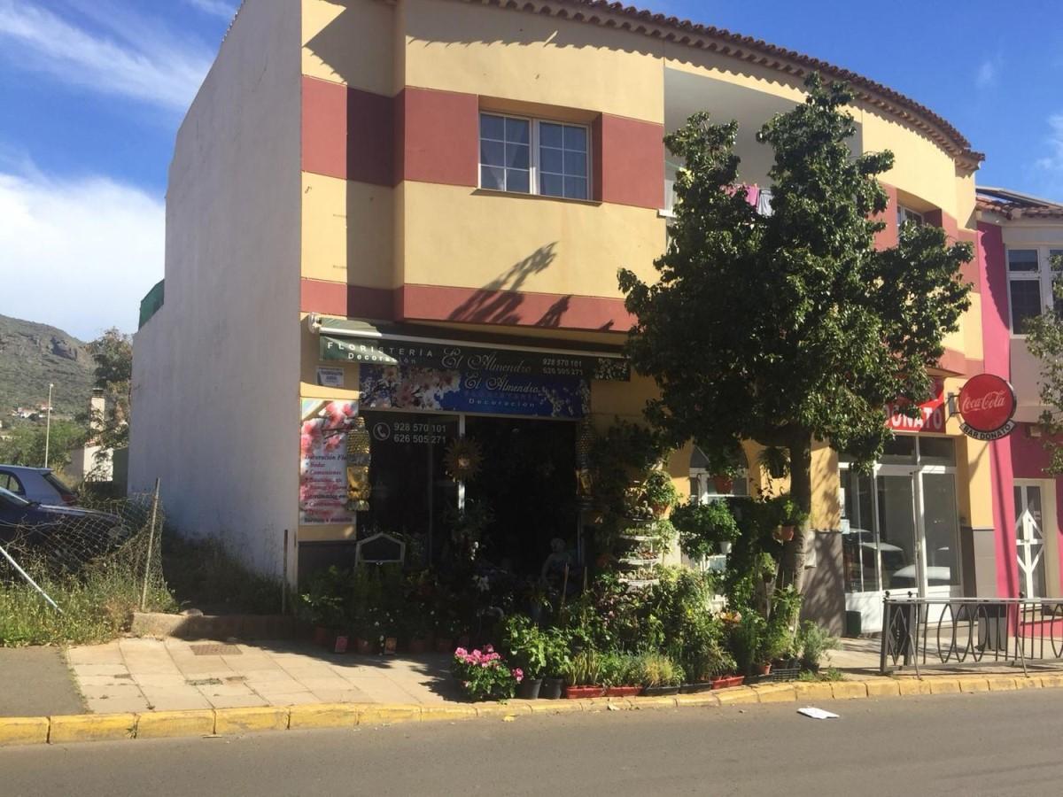 Edificio de Viviendas en Venta en  Valsequillo de Gran Canaria