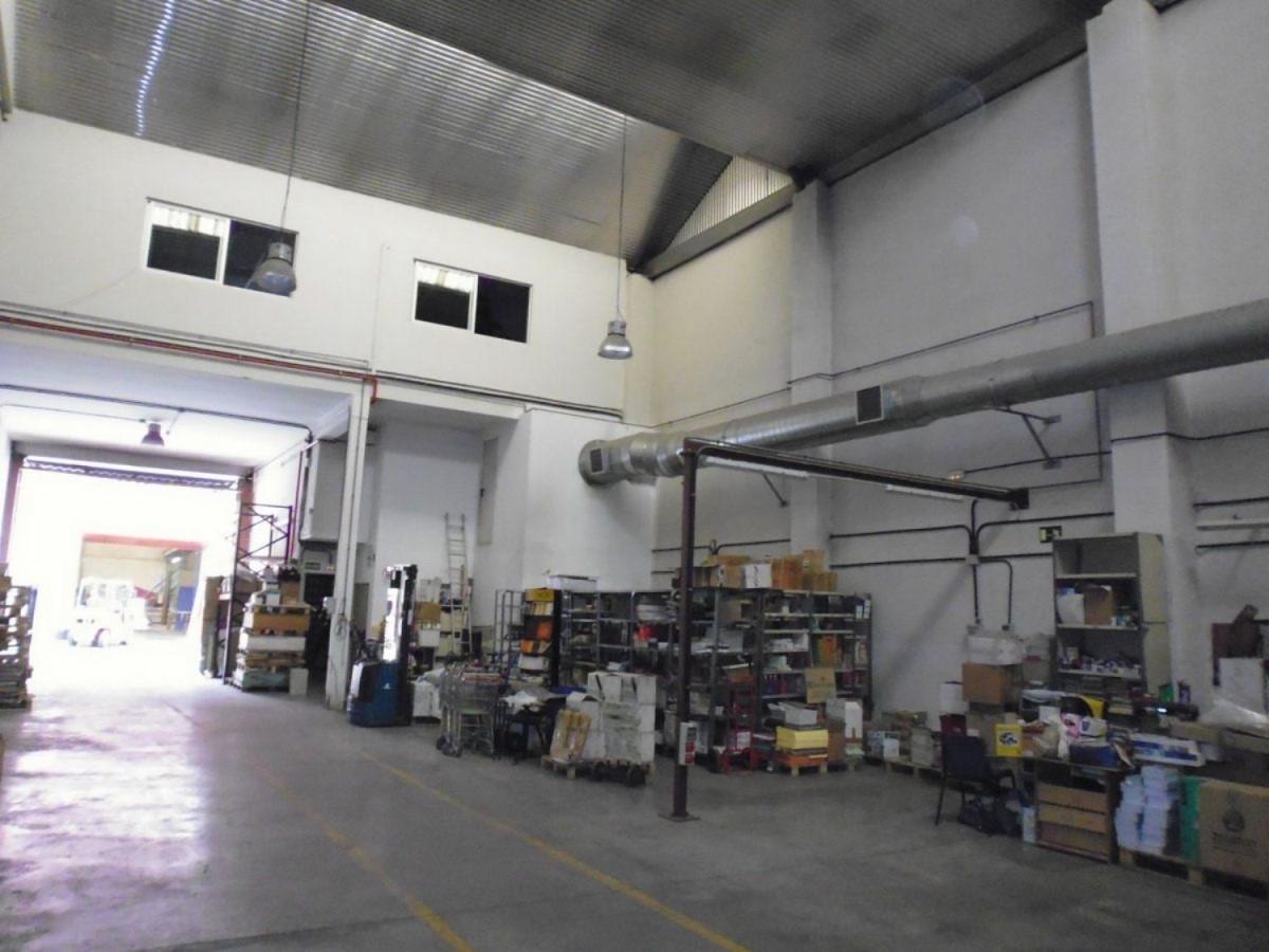 Nave Industrial en Alquiler en Villa De Vallecas, Madrid