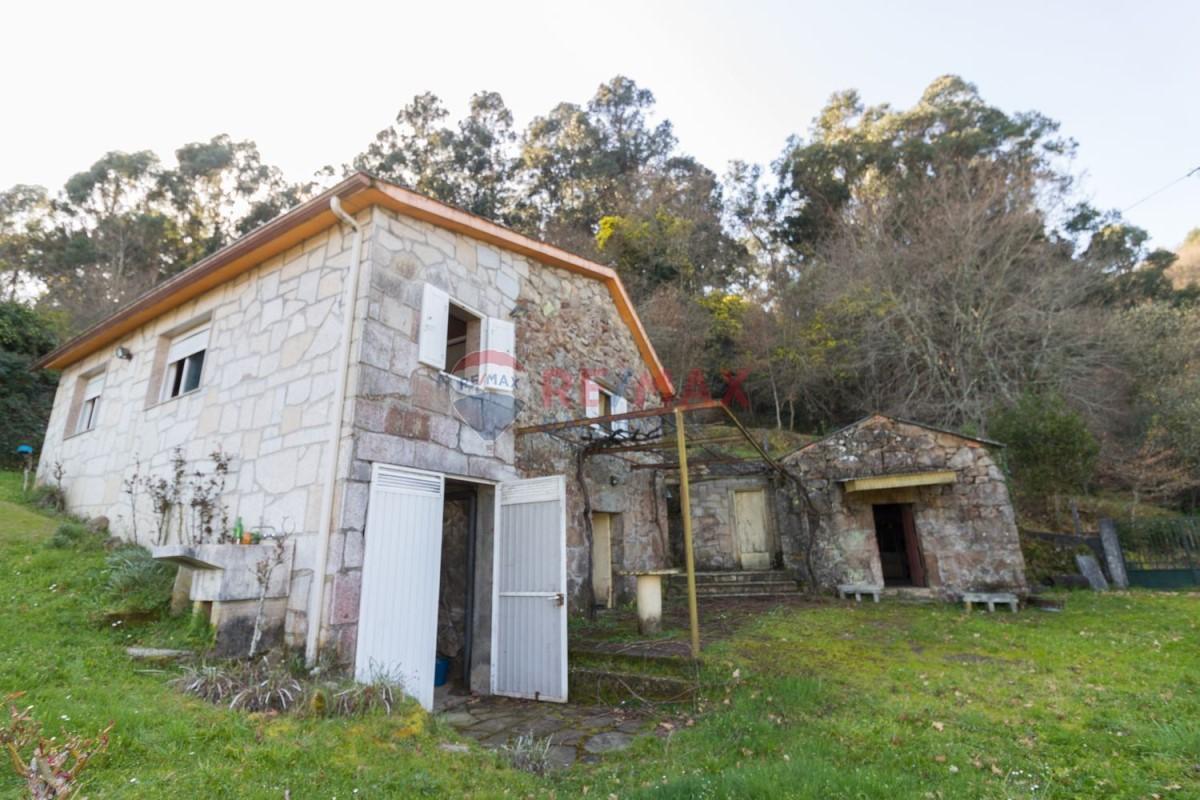 Casa Rural en Venta en  A Cañiza