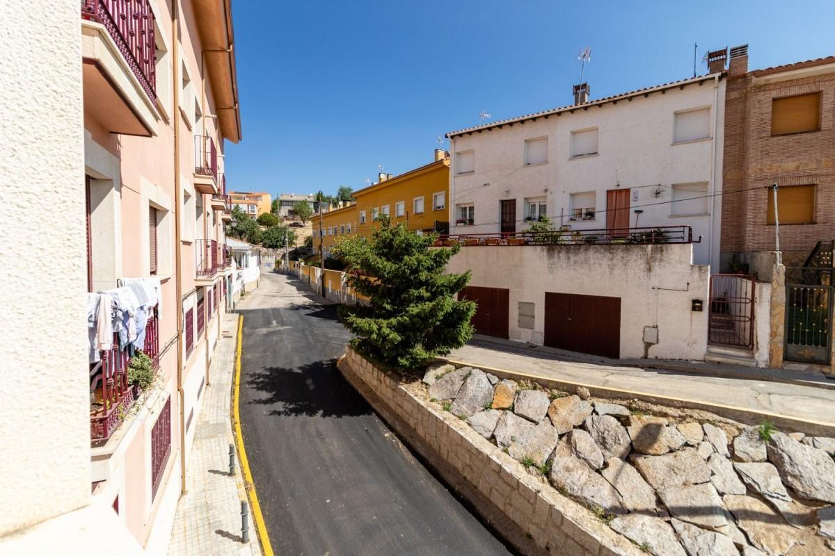 Apartment  For Sale in  Molar, El
