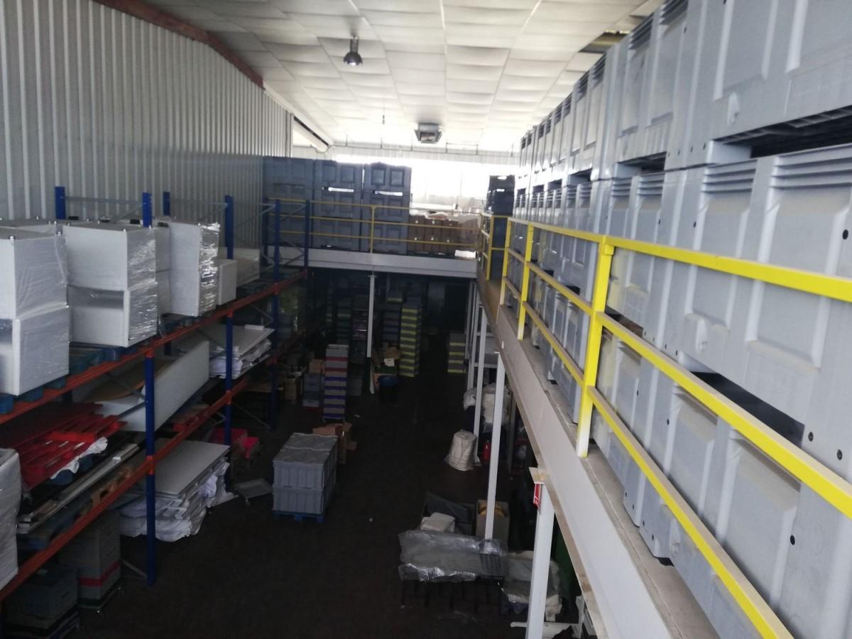 Nave Industrial en Venta en  Valencina de la Concepción