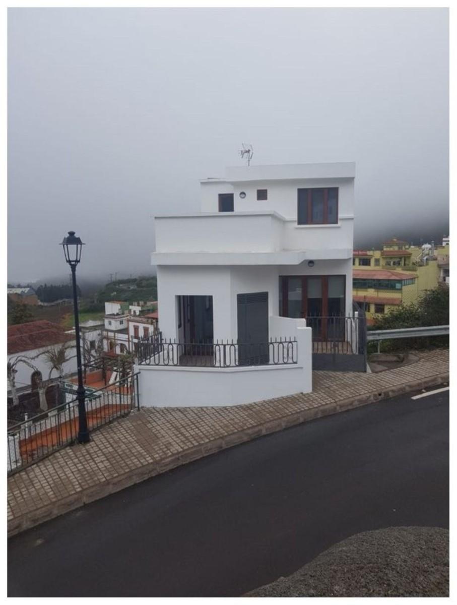Edificio de Viviendas en Venta en  Moya