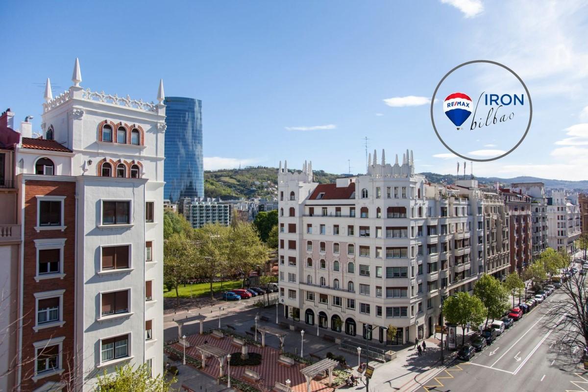 Oficina en Alquiler en Indautxu, Bilbao