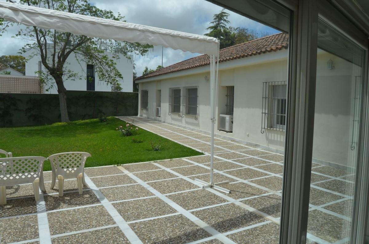 Chalet en Venta en Avenida - Divina Pastora - Plaza De Toros, Jerez de la Frontera