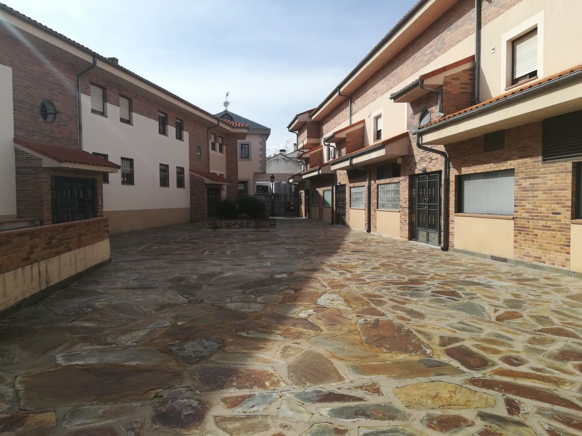 Duplex  à vendre à  Guadarrama