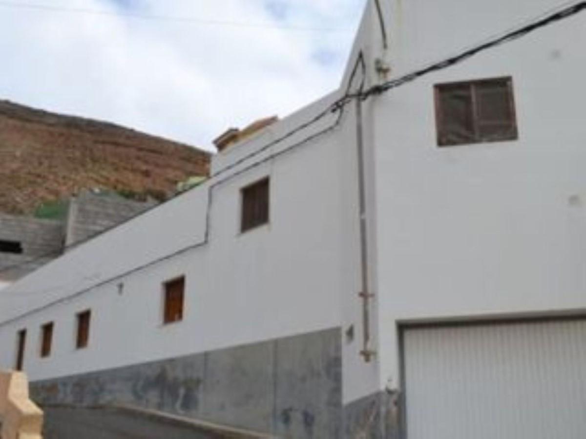 Chalet Adosado en Venta en  Santa Maria De Guia De Gran Canaria