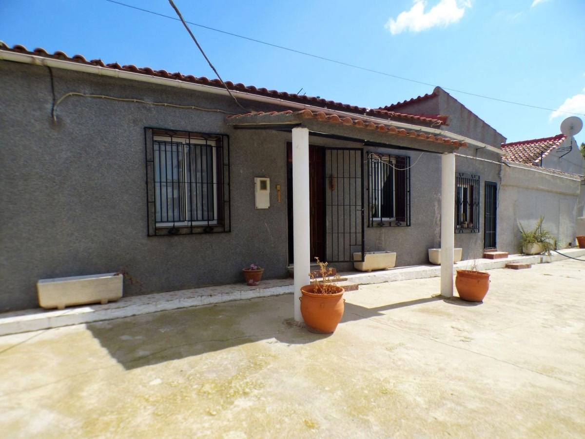 Casa Rural en Venta en  Orihuela