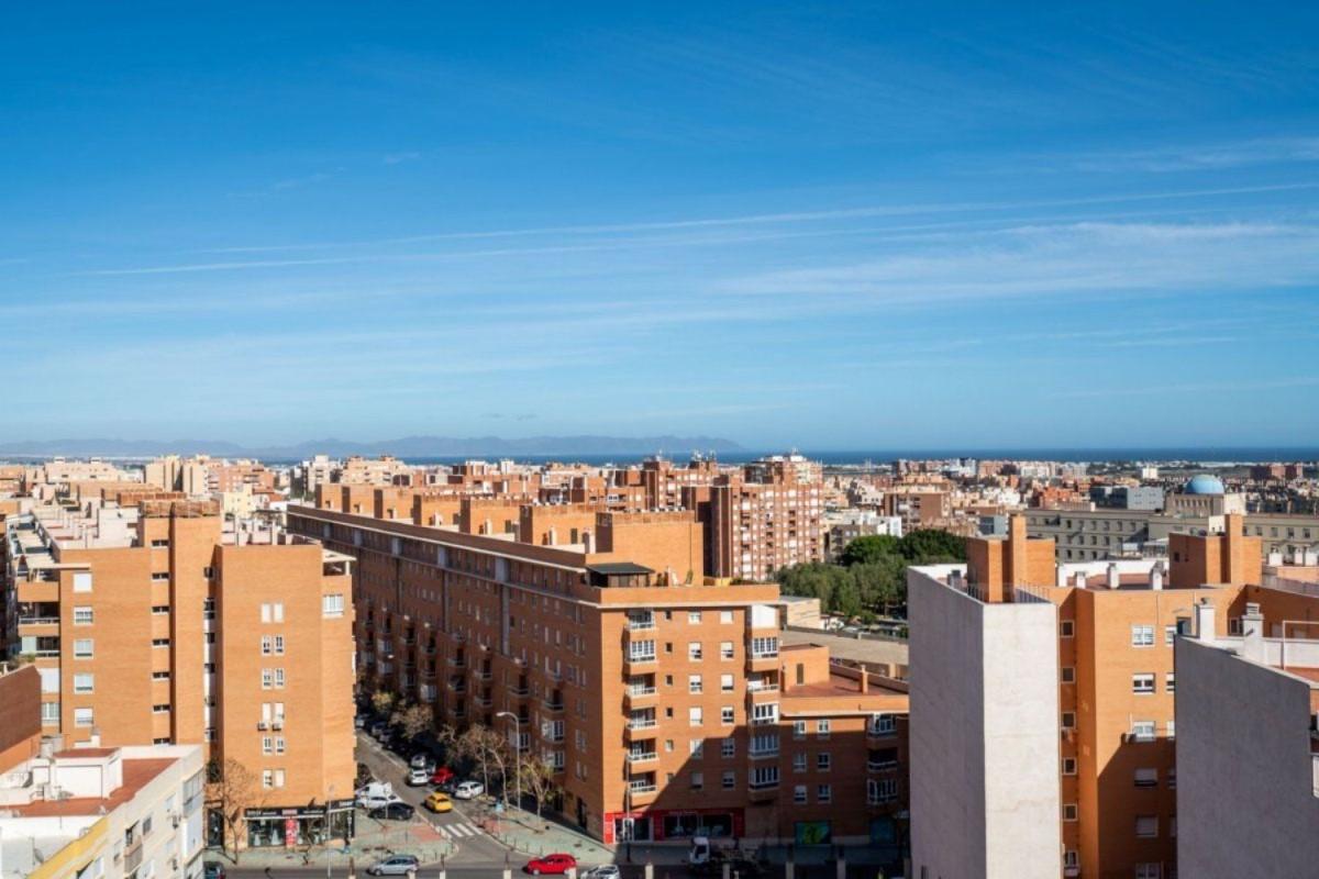 Atico en Venta en  Almería