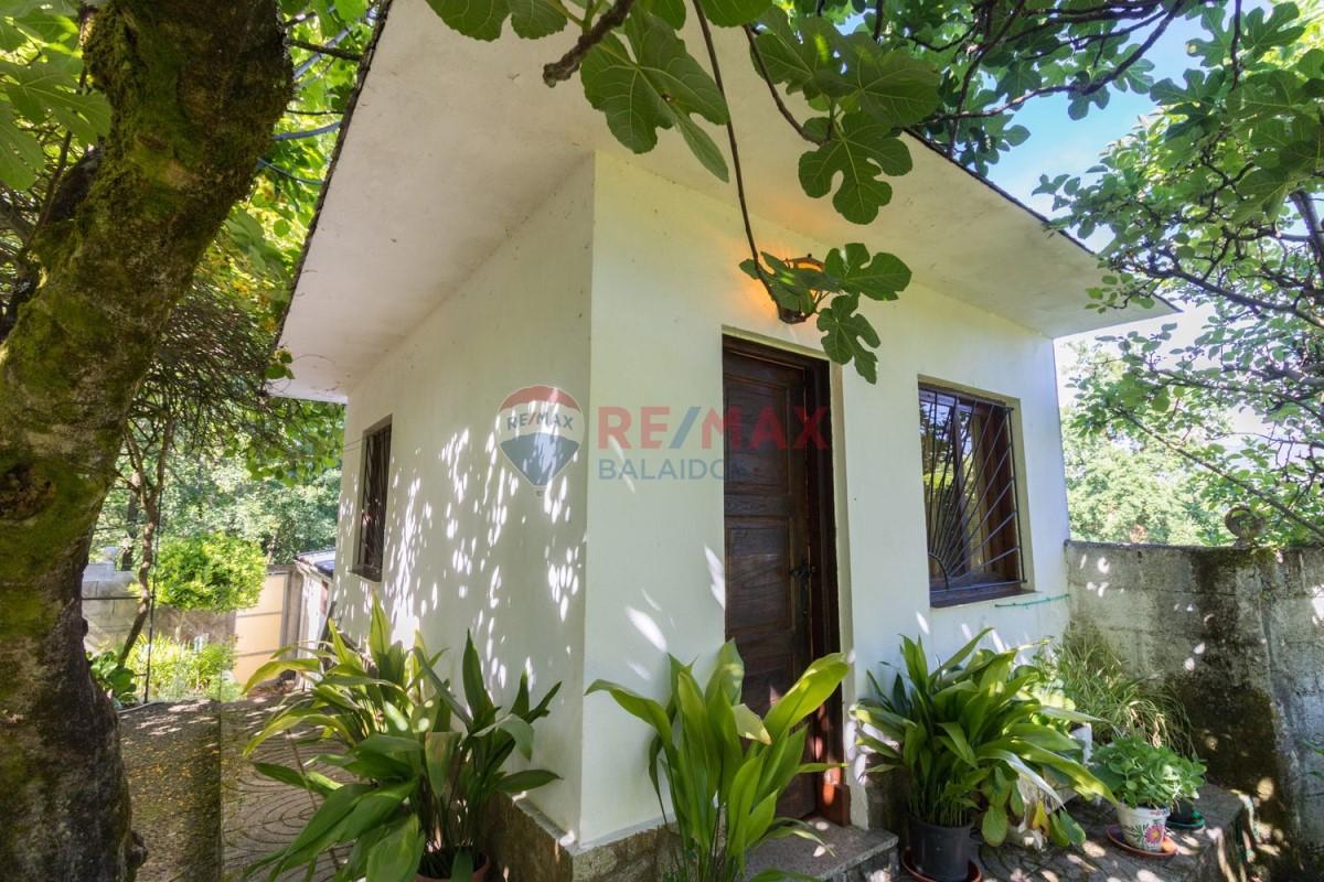 Casa Rural en Venta en  Ponteareas