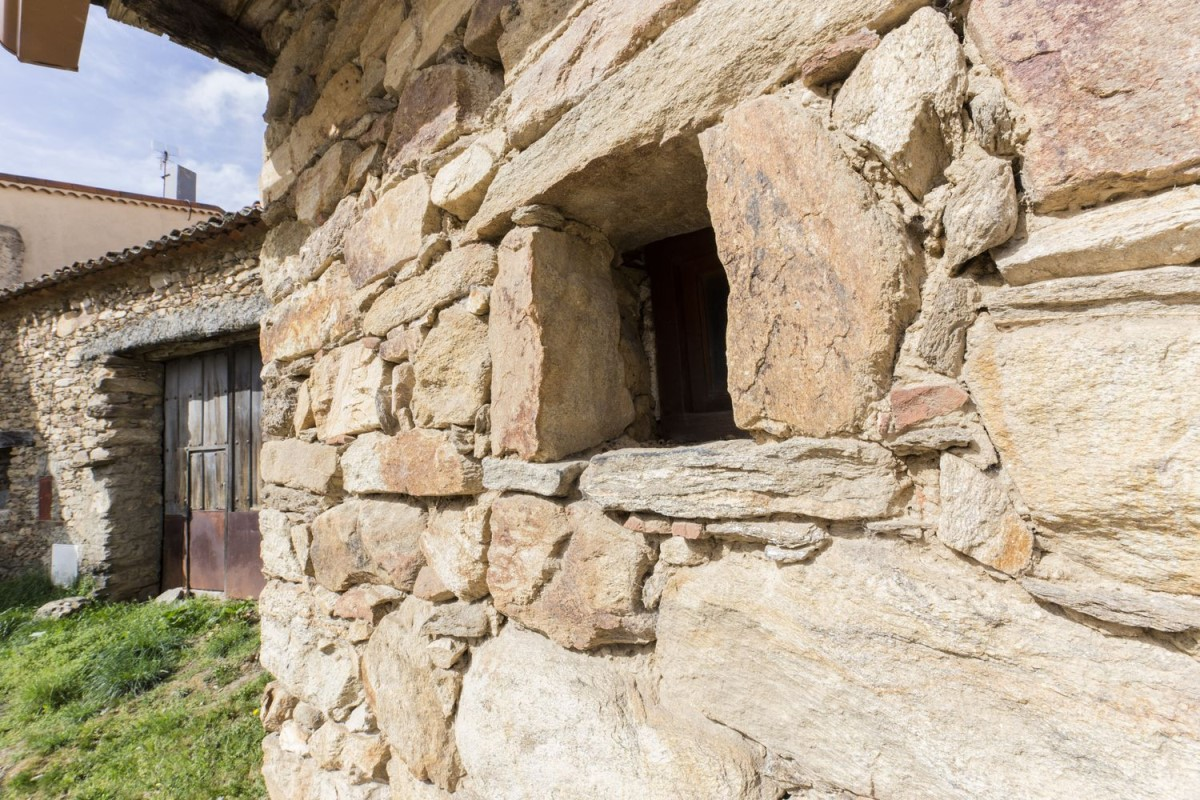House of Character  For Sale in  Horcajuelo de la Sierra