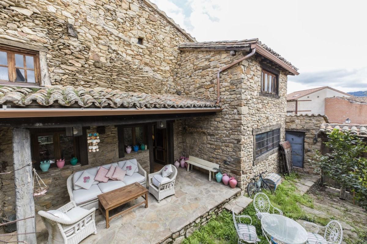 Casa Rural en Venta en  Horcajuelo de la Sierra