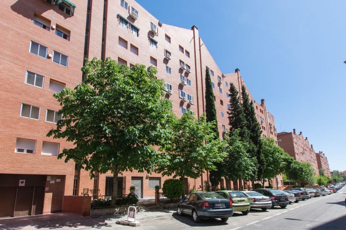 Apartment  For Sale in Puente De Vallecas, Madrid
